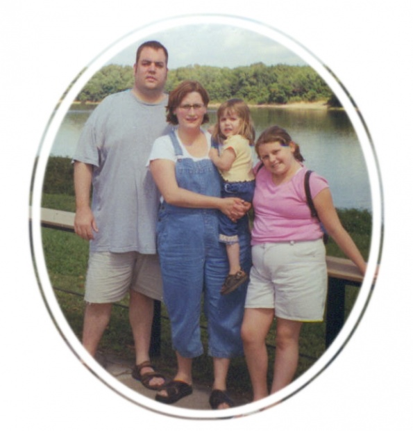 Kenny and Deanna Wayne Family | 2004 | Mississippi River